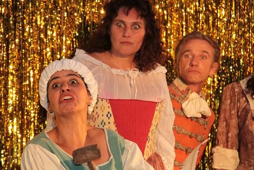 Antonia, Susanne und Figaro